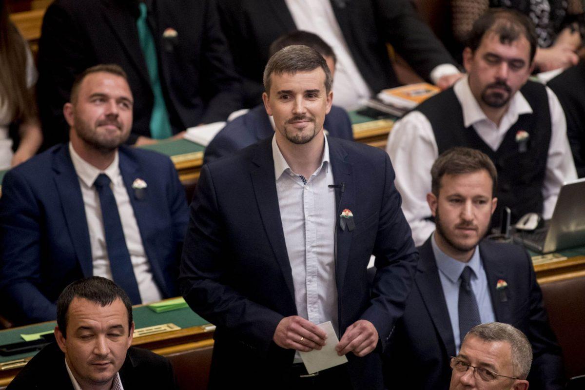 Jakab Péter indult a Jobbik elnöki posztjáért