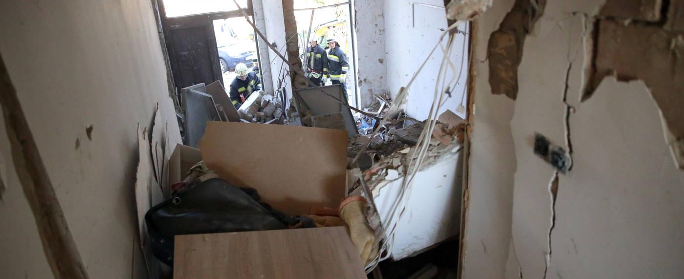 Elkezdődött a helyreállítás Szekszárdon a tegnapi gázrobbanás után