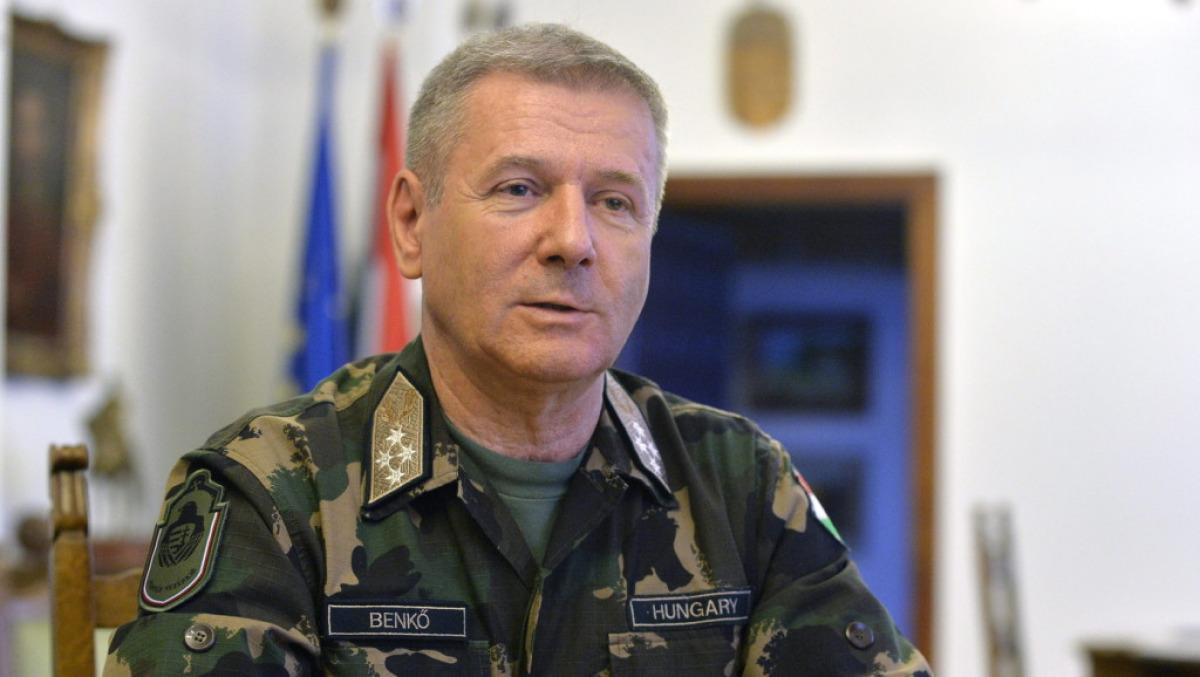 Benkő: elkészült az új nemzeti biztonsági stratégia